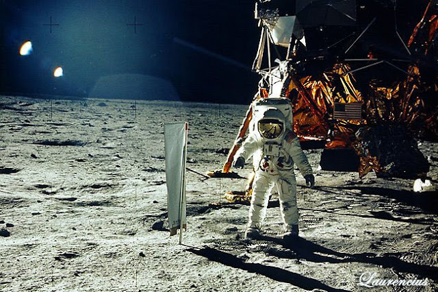 Astronot-neil-Armstrong_1
