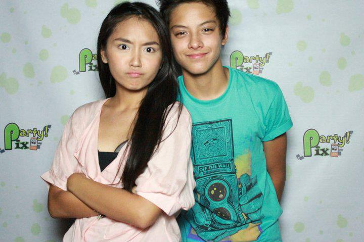 funny photo of Kathryn and Daniel