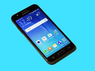 Smartphone Galaxy J5 é o Moto G da Samsung