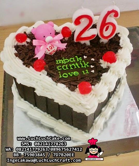 Kue Tart Love Untuk Pacar Daerah Surabaya - Sidoarjo