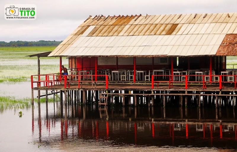 Bar no balneário do Rio Curiaú, na APA do Rio Curiaú, em Macapá, no Amapá