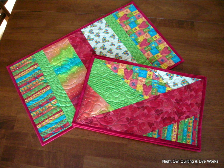Night Owl Quilting & Dye Works: Fat Quarter Place Mat Tutorial