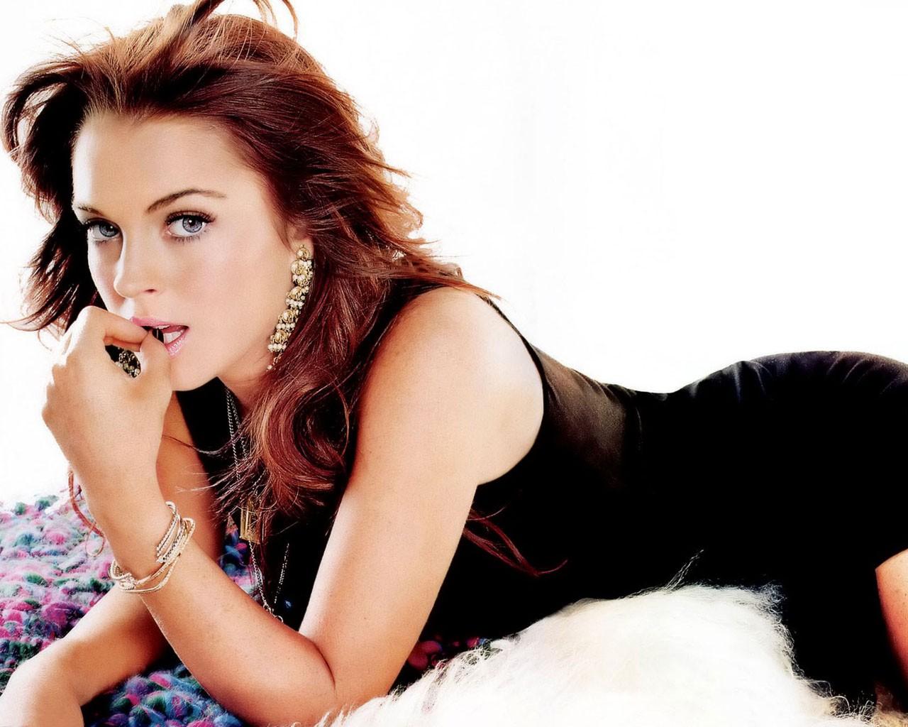 http://2.bp.blogspot.com/-6YN1YzdQERo/UKYYXBXLZ6I/AAAAAAAAIHo/izsqlno46eg/s1600/Lindsay_Lohan.jpg