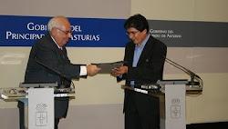 Alvarez de la Comunidad de Asturias y Gonzáles gobernador de Potosí cooperarán mutuamente