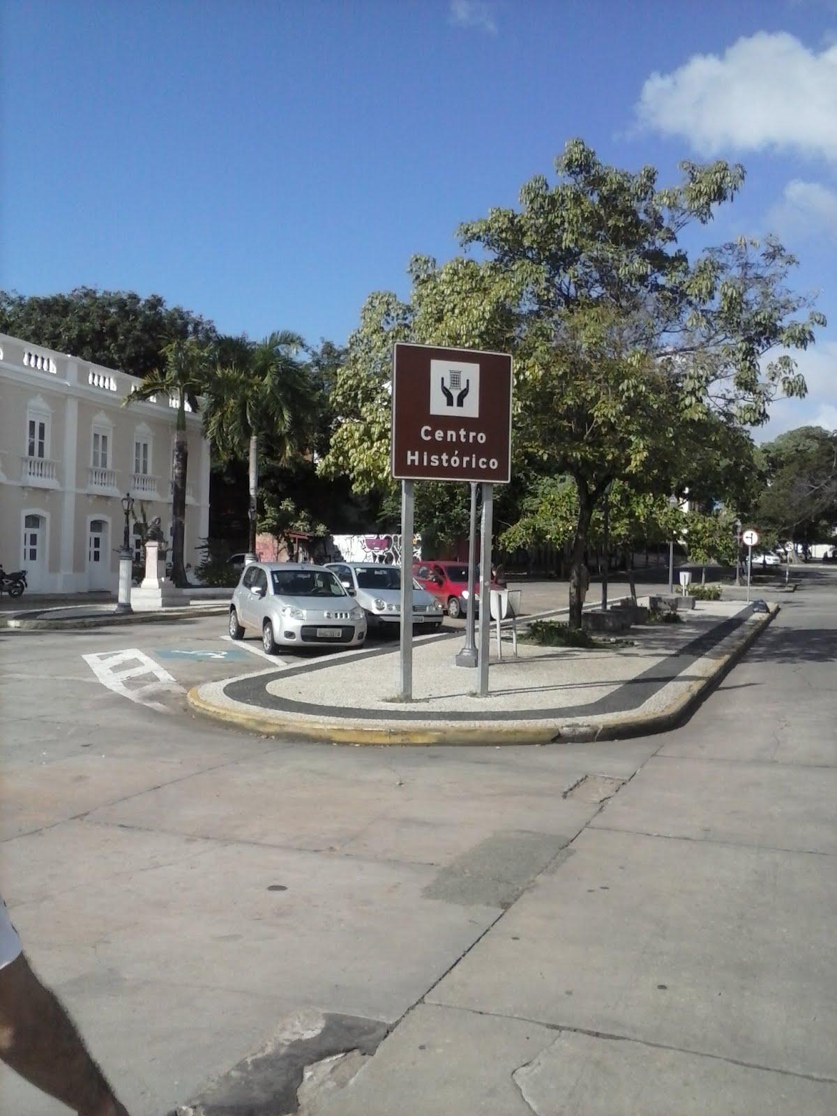 #345C97 de são luís compreende uma área de 220 hectares de extensão em  116 Janelas De Vidro Em Sao Luis Ma