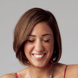muchas de las tendencias actuales de peinado corto de ofrecen un aspecto andrgino de las personas que los usan en las fotos de esta pgina