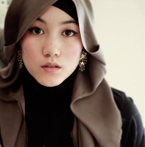 hijabers cantik, Tren Motif Hijab -MizTia Respect