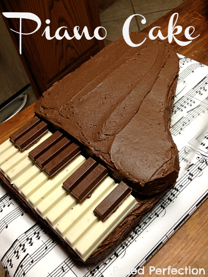 Kit Kat Piano Cake
