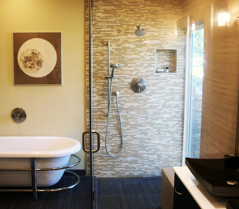 Asian-Inspired Bath Suite title=