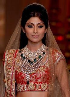 rochie mireasa nunta indiana