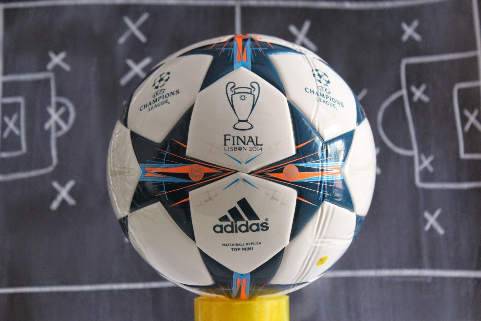 Final Champions 2014 Lisboa Adidas mini balón soccer ball - talla 1  25€  8a8430b3d3340