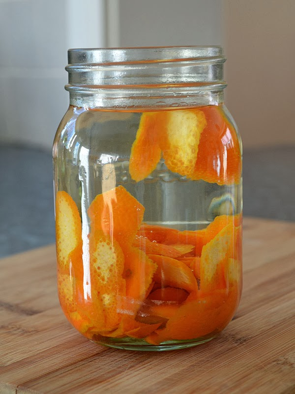 Use zesty mandarin peel to create your own homemade Mandarin Vodka - use in cocktails and mixed drinks or as 'orange essence' in desserts #liqueur