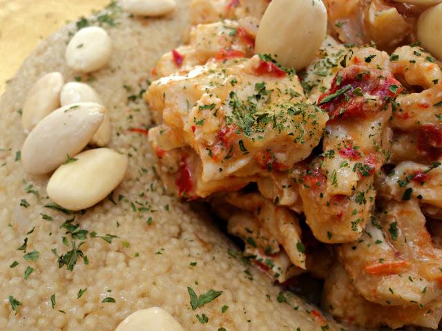 pollo, pollo marinado, cous cous, cous cous dátiles, dátiles, receta