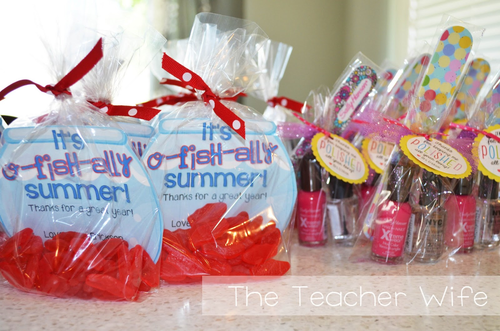 the teacher wife: End-of-the-Year Gifts! {For Students & Parents}