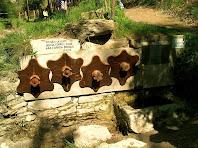 La Font del Puig amb la representació al·legòrica de les quatre estacions