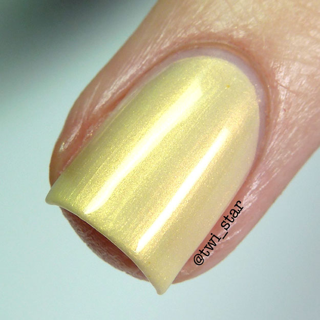 Gridlock Lacquer Spring Easter 2015 Collection Butter Lamb macro