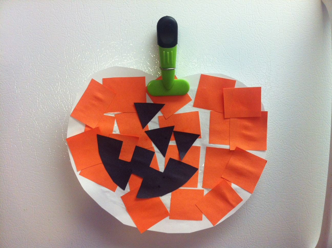 halloween craft idea for toddlers and kids construction paper and paper plate jack o - Halloween Crafts Construction Paper