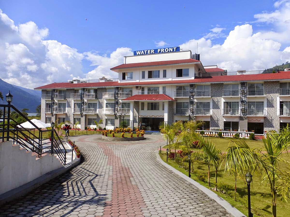 Pokhara hotels 5 star mount view pokhara 3 star hotel for 5 star hotel deals