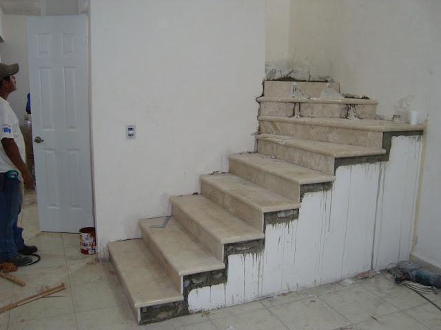 Roman de la rosa romero escaleras de marmol en diferentes for Modelos de escaleras