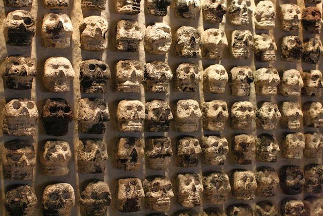 templo mayor ruins skulls