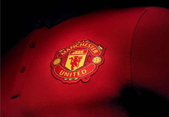 Manchester United unveil new home kit for next season