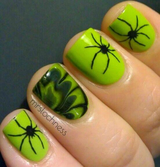 El rincón de Ininena: La obsesión por las uñas (Uñamanía)