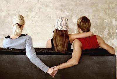 ابتكار دواء طبى يمنع الخيانة الزوجية - رجل يخون حبيبته زوجته - man Cheating on woman -