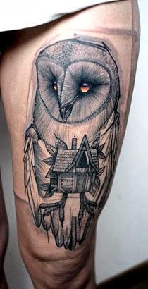 Tatuagens originais de corujas na coxa