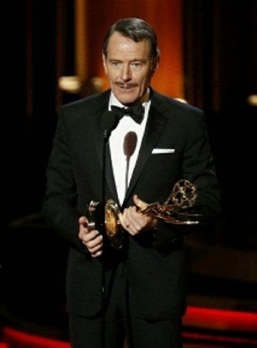 5 cosas a resaltar de los Emmy Awards 2014 - Bryan Cranston www.curvaslibres.blogspot.com