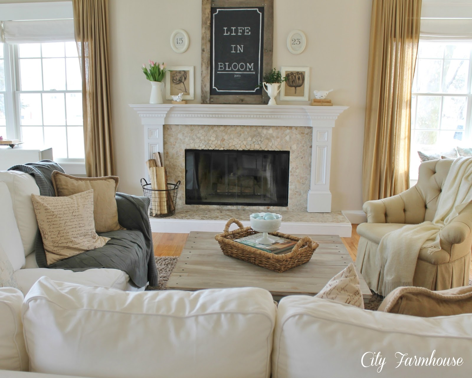 Savvy Southern Style My Favorite RoomCity Farmhouse