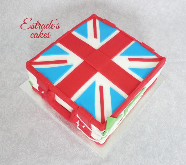 tarta cuadrada de maleta británica-2