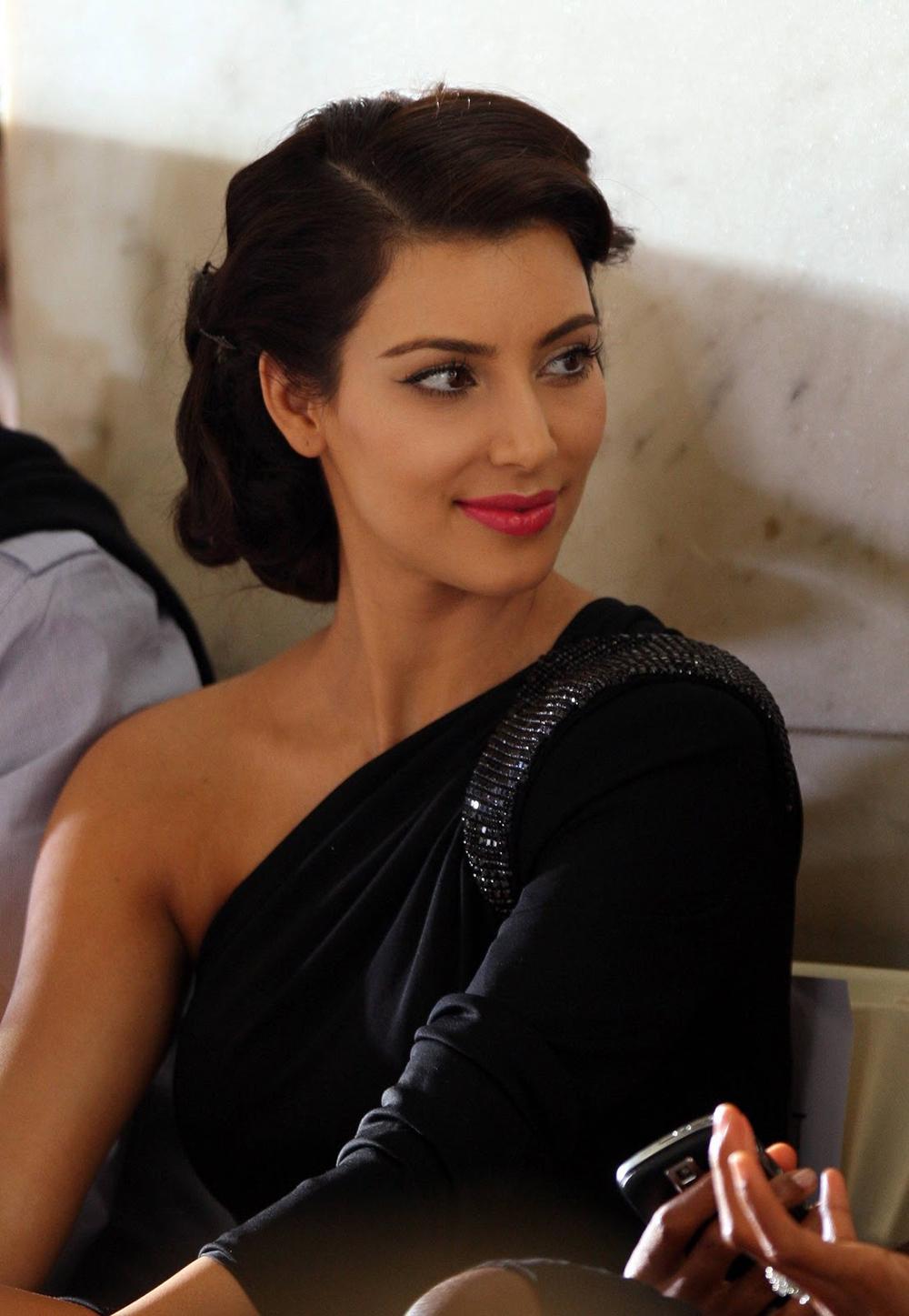 Kim Kardashian Updo Hairstyles 02