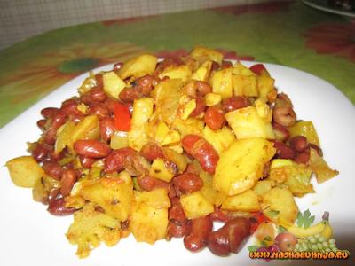 Картофель с фасолью и цветной капустой