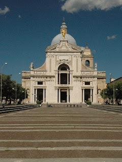 Galeazzo Alessi designed the Basilica of Santa Maria degli Angeli in 1568