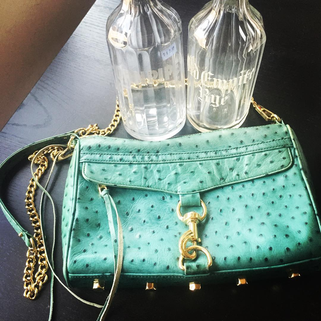 #thriftscorethursday Week 73 | Instagram user: casacavaliere shows off this Purse and Pipe Bottles