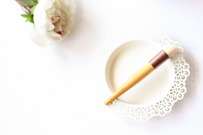 ecotools skin perfecting brush for bb creams review