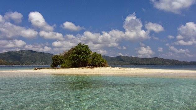 tempat wisata di lombok, objek wisata di lombok, pulau gili lombok, gili kedis lombok, pulau perawan, pulau pengantin baru,