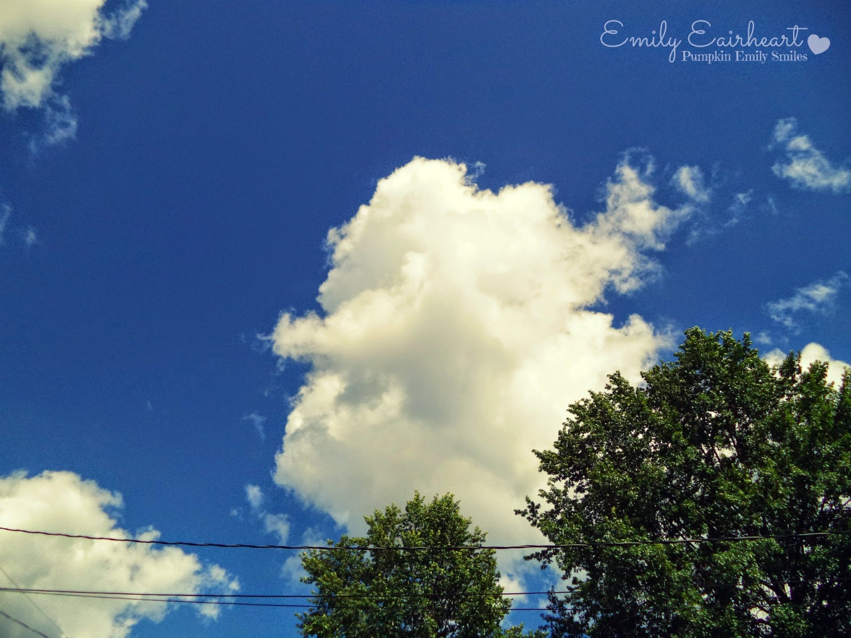 Cloud that looks like two people hugging.