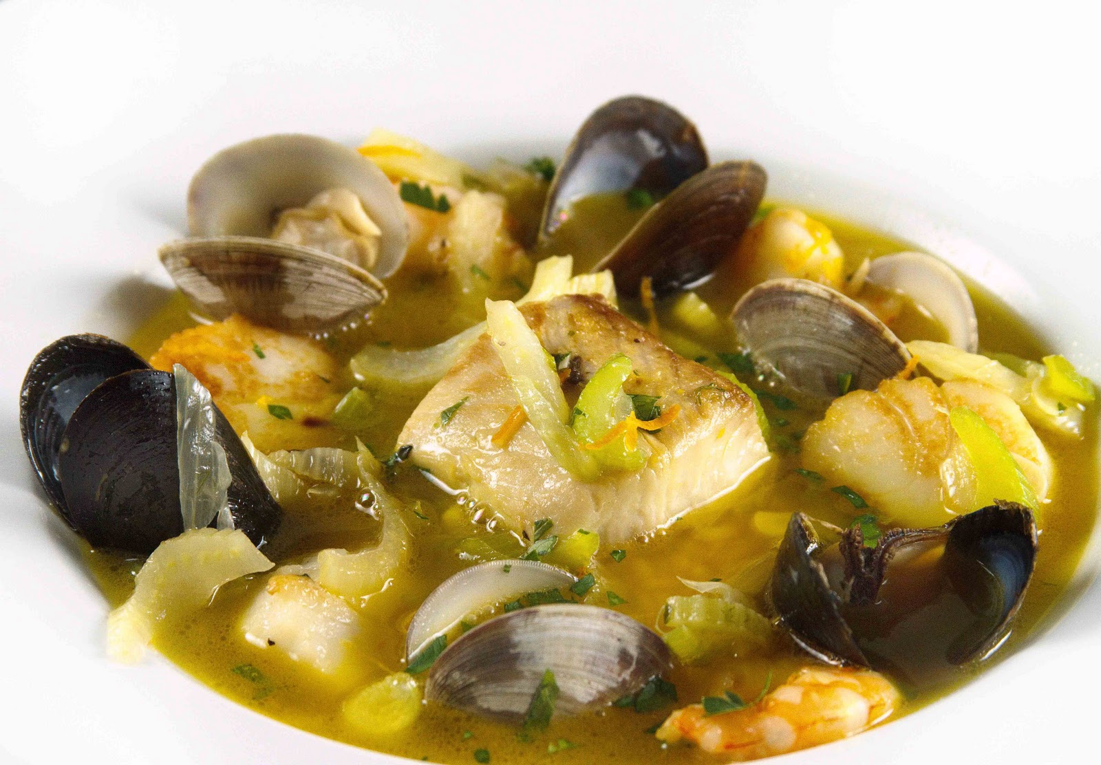 bouillabaisse my french provencial fisherman 39 s stew