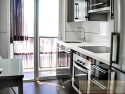 Piso de dos dormitorios en alquiler en Avenida del Pasaje, amueblado, garaje. 650€