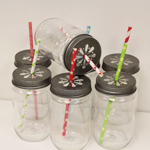 Plastic Mason Jars with Daisy Cut Mason Jar Lids