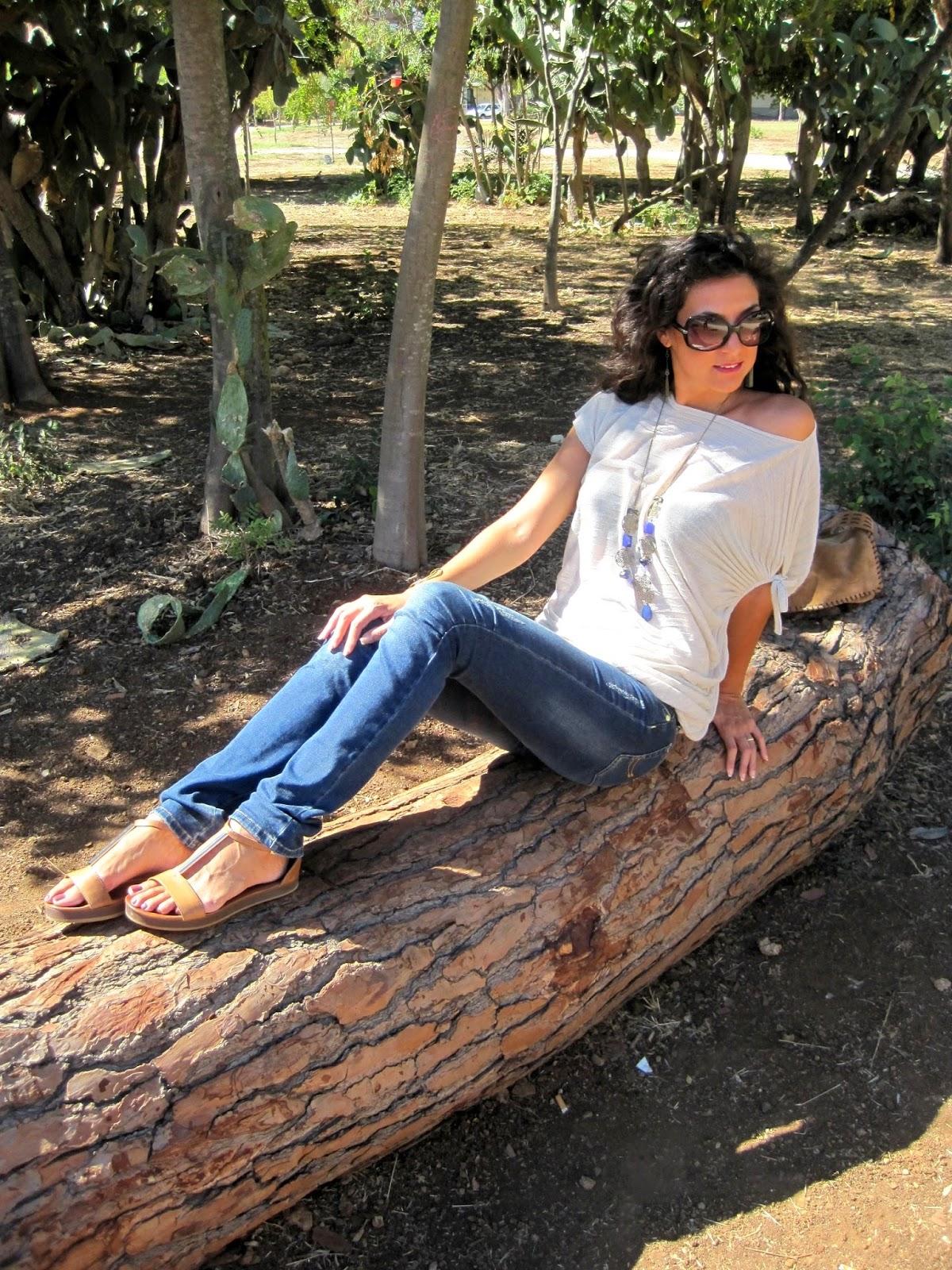 la-sciarpa-viola-beige-sicily-parco
