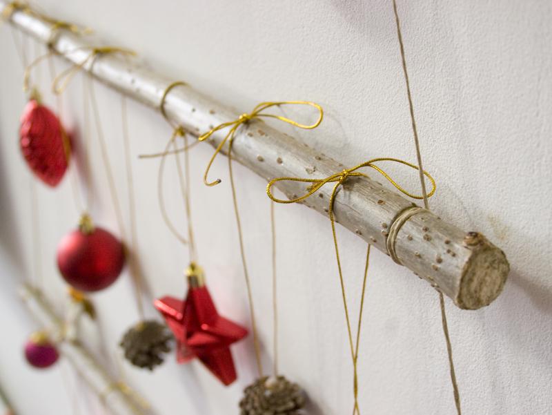 Diy rbol de navidad con ramas decorar en familia def deco - Arbol de navidad con ramas ...