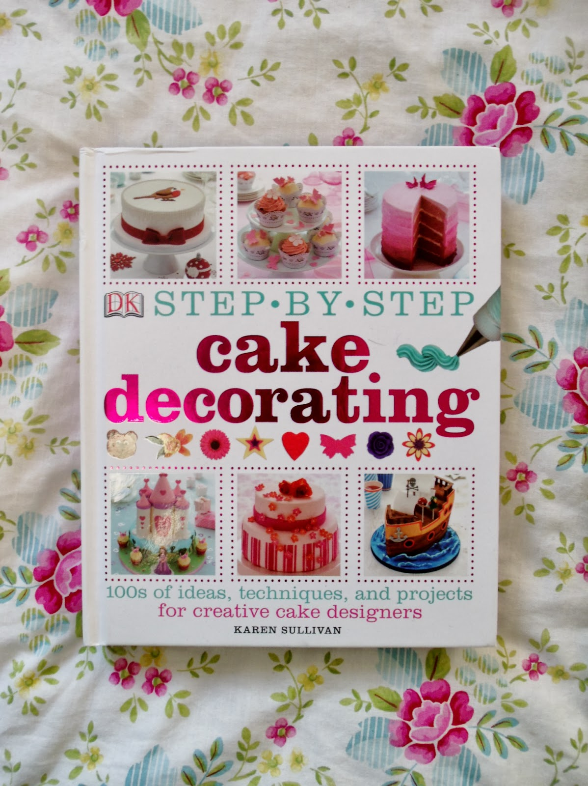 Step by Step Cake Decorating Book & Giveaway   Victoria ...
