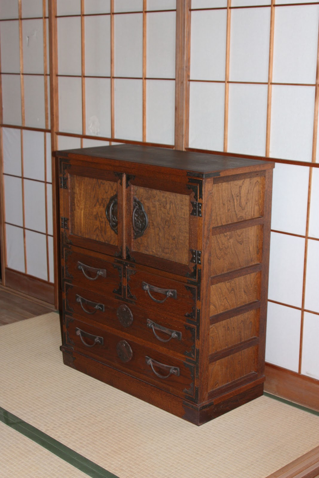 Japanese antique furniture reproductions shidamingei for Oriental reproduction furniture