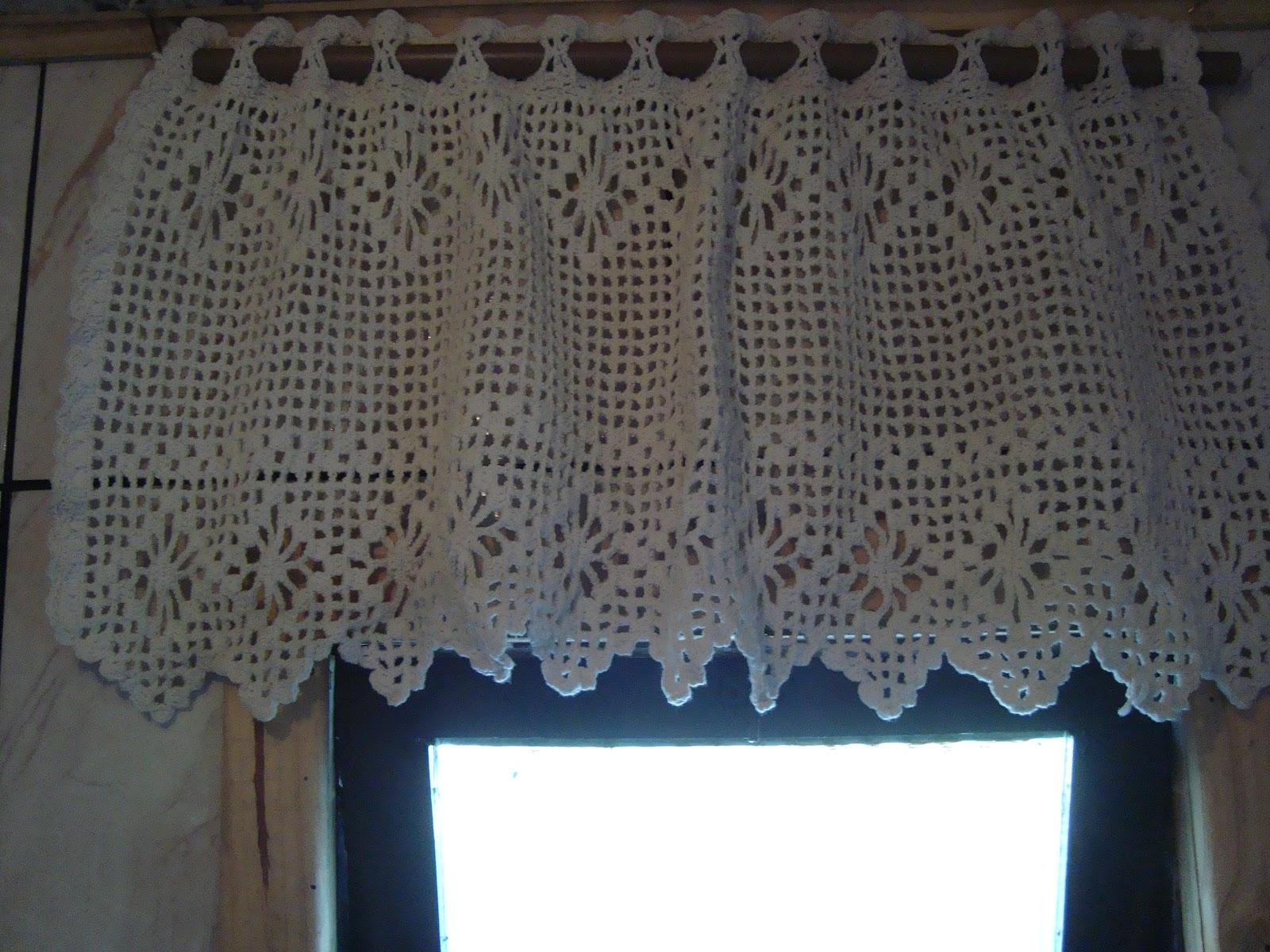 Artes Arteiras: Cortina de crochê para janela banheiro #3C758F 1600 1200