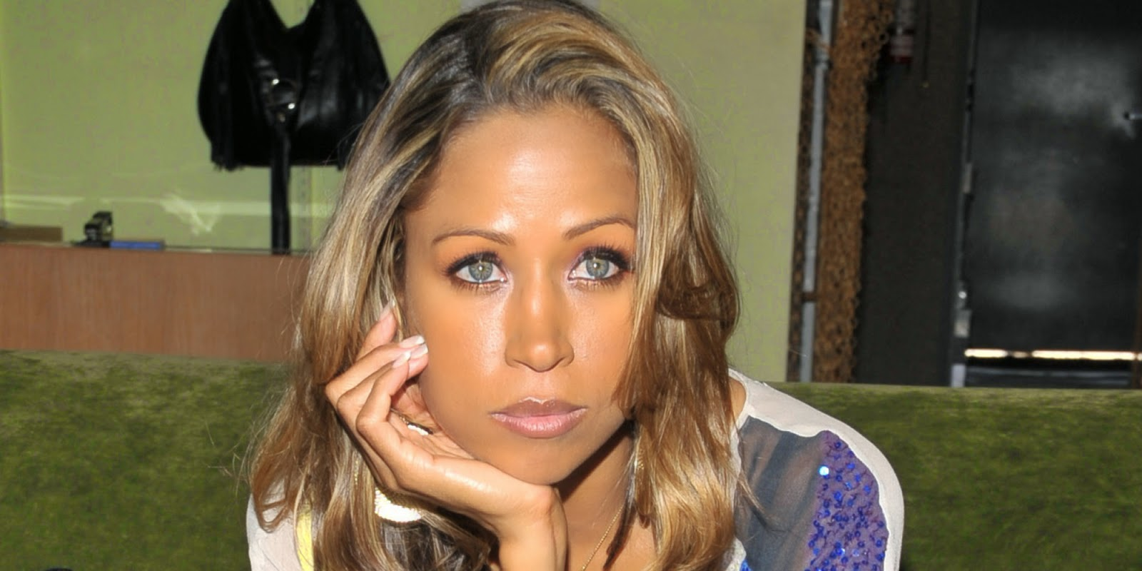 Ethnic background of celebrities - Jpg 1600x800 Stacey Dash Ethnic Background