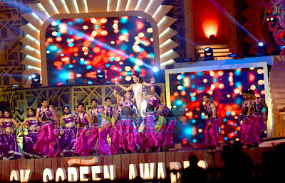 Deepika Padukone rehearses for Screen Awards