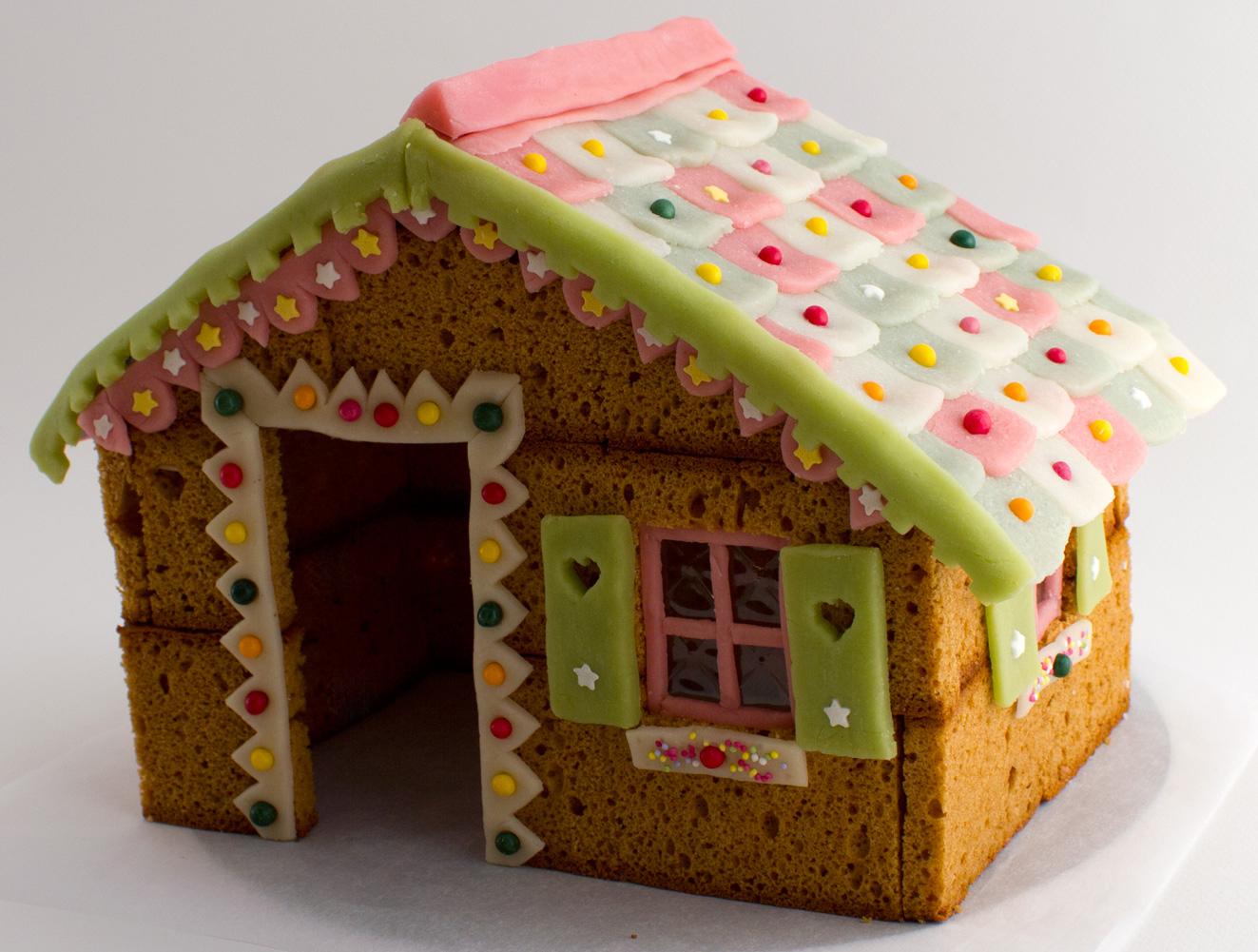 cr ations kits et r cup 39 tutoriel maison en pain d 39 pices. Black Bedroom Furniture Sets. Home Design Ideas