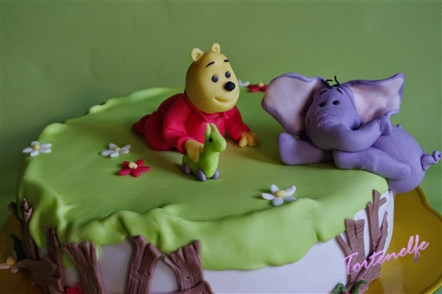 Tortenelfes blog backe backe kuchen winnie pooh for Winnie pooh kuchen deko
